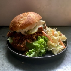 Pulled beef hampurilainen